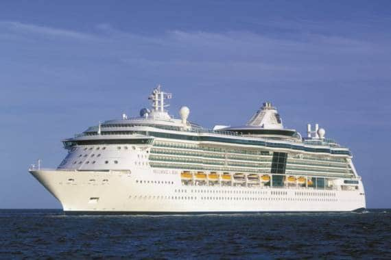 Brilliance of the Seas dockt an