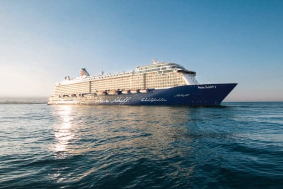 Kurs auf Dubai: Kreuzfahrtsaison 2014/15