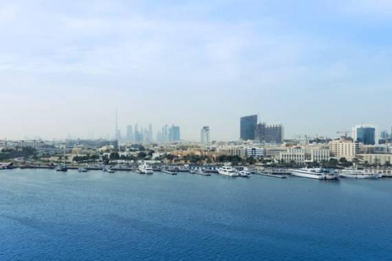 Neue Wassertaxis in Dubai