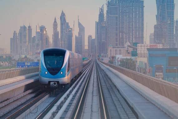 Transport Dubai Metro
