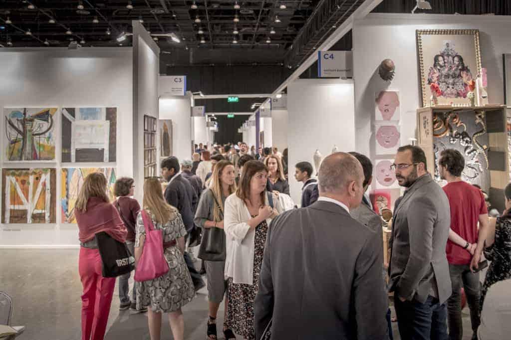Besucher Art Dubai