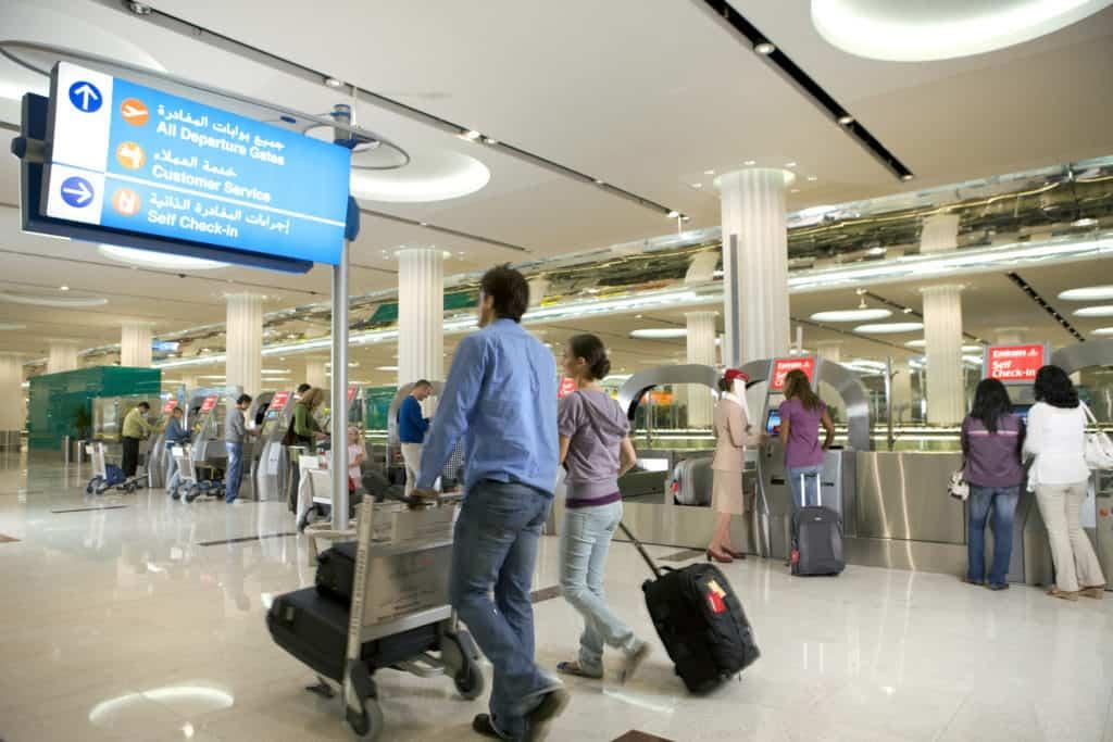 Dubai Flughafen Ankunft