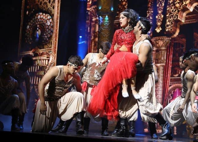 Show im Bollywood Park Dubai