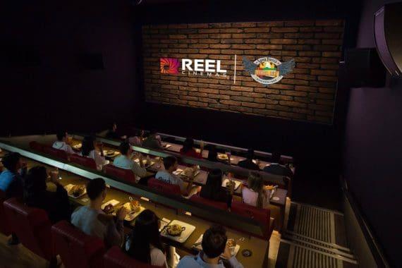 "Erstes ""Dinner-Kino"" in Dubai eröffnet"
