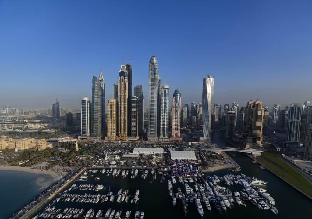 Dubai Marina Fallschirmspringen