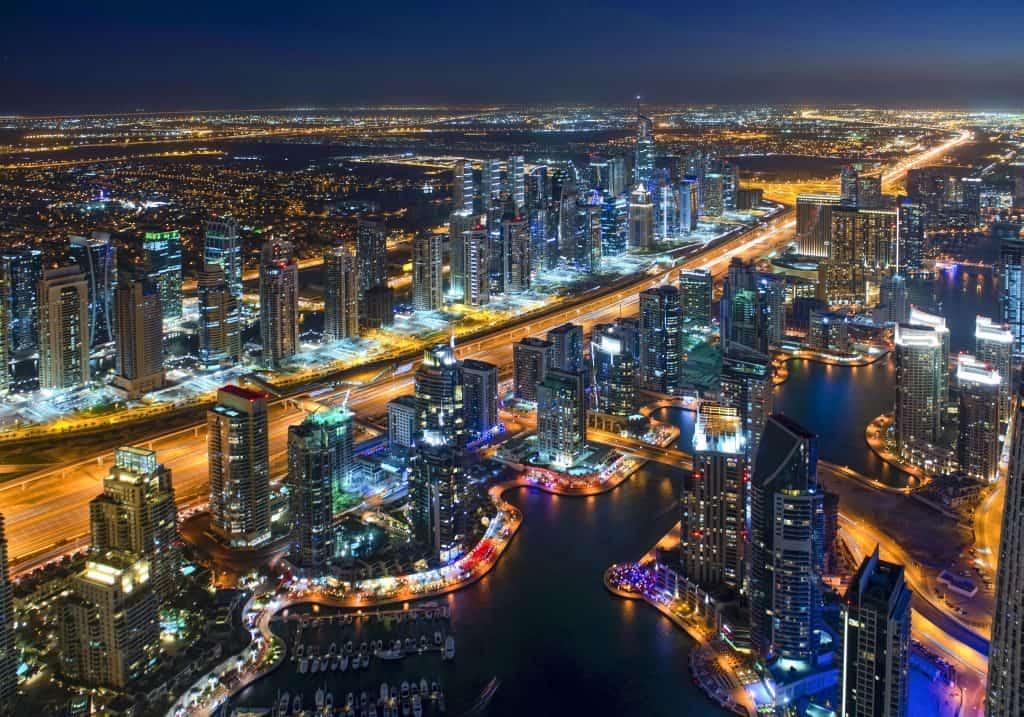 Nachtpanorama Dubai Marina