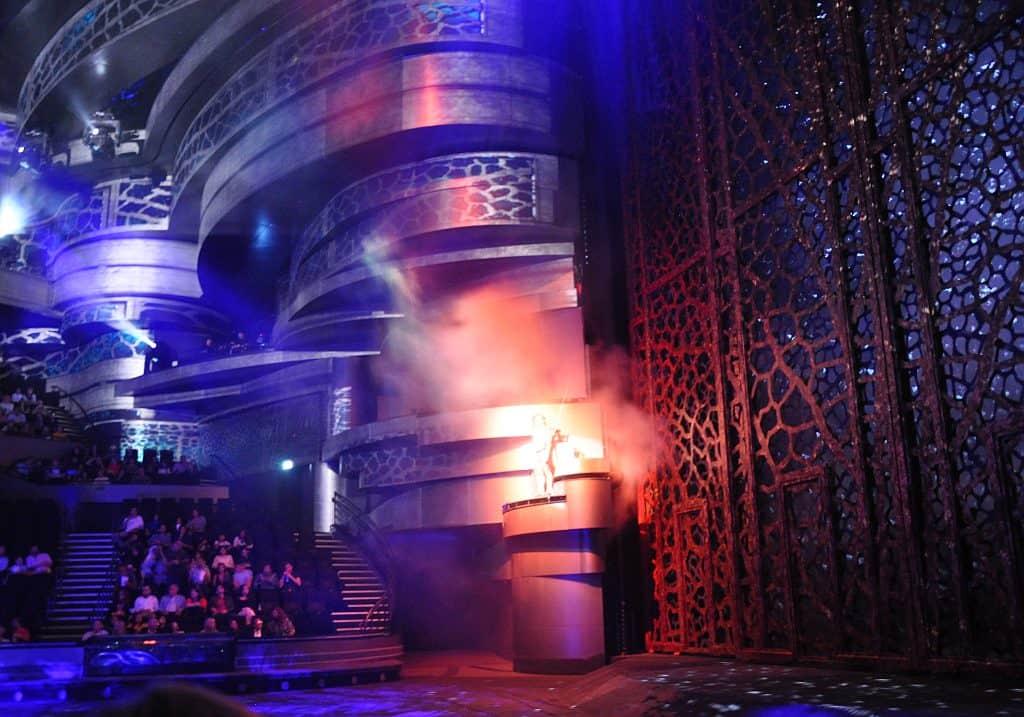 Bühnenshow La Perle Dubai