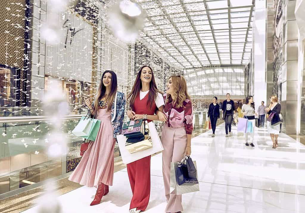 Dubai Mall Fashion Avenue