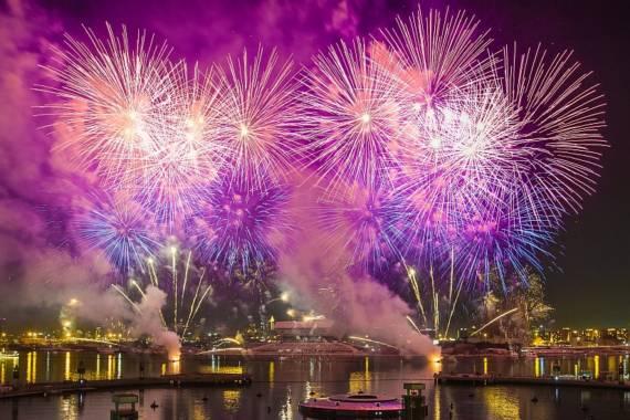 Feierlichkeiten zum Nationalfeiertag der VAE in Dubai