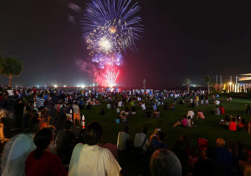 Eid Al Adha Feuerwerk Dubai