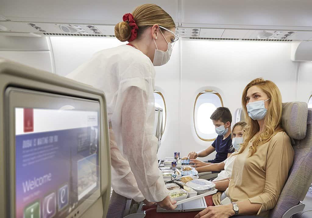 Emirates Maskenpflicht Corona