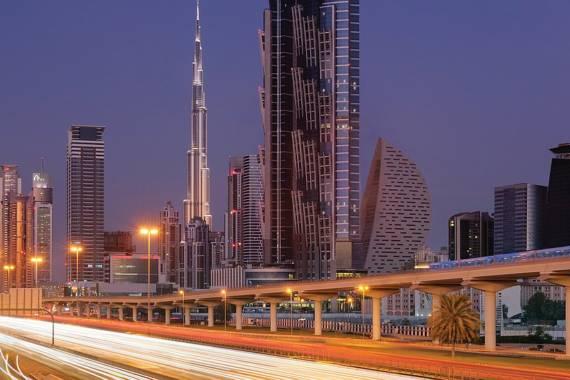 Sicher, schnell und modern unterwegs: Verkehr in Dubai