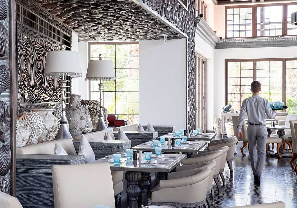 Dubai Restaurant Corona