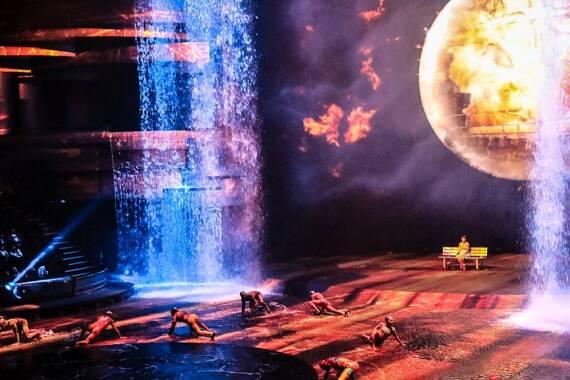Die spektakulärste Bühnenshow der Stadt: La Perle in Dubai