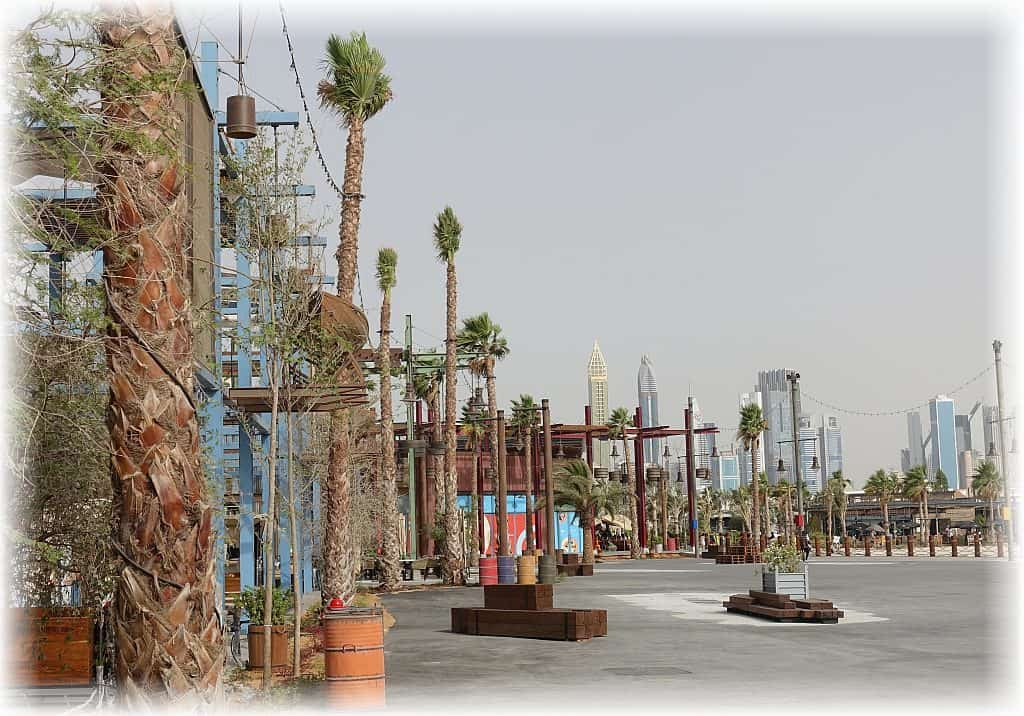 Dubai The Wharf Plaza