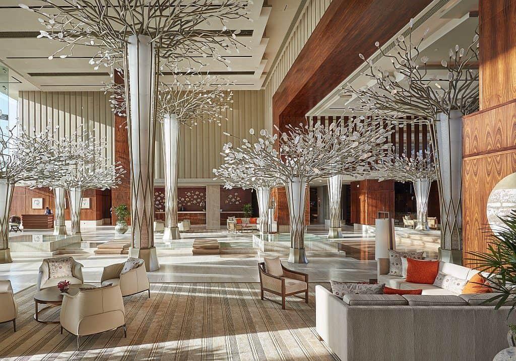 Mandarin Oriental Dubai Eingangsbereich Noor Lounge