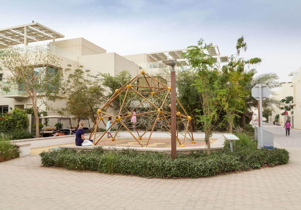 Spielplatz nachhaltige Stadt Dubai