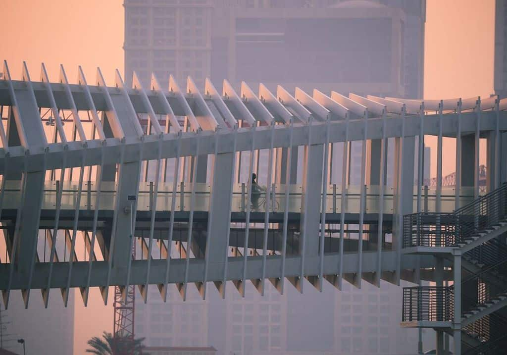 Moderne Brücke Dubai